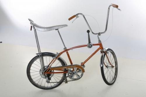 a-1967-vintage-schwinn-sting-ray-fastback